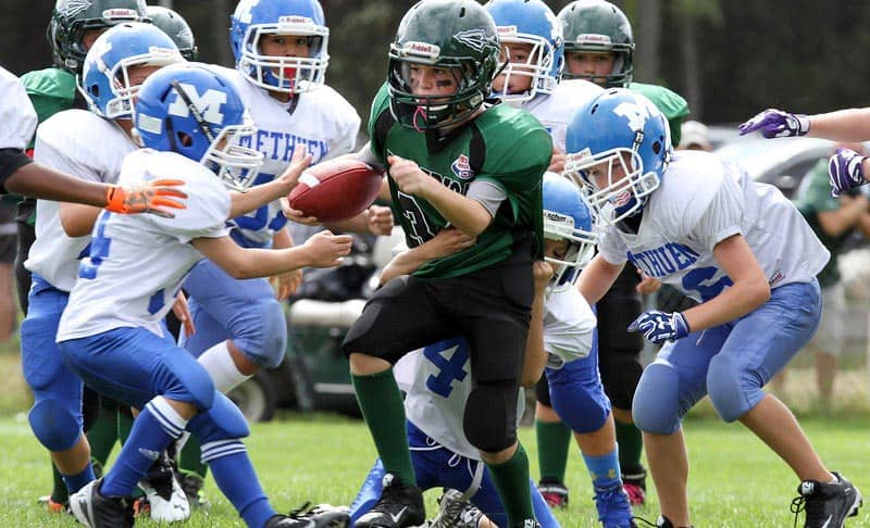 Best Youth Football Helmets 2021 – An Important Protective Gear